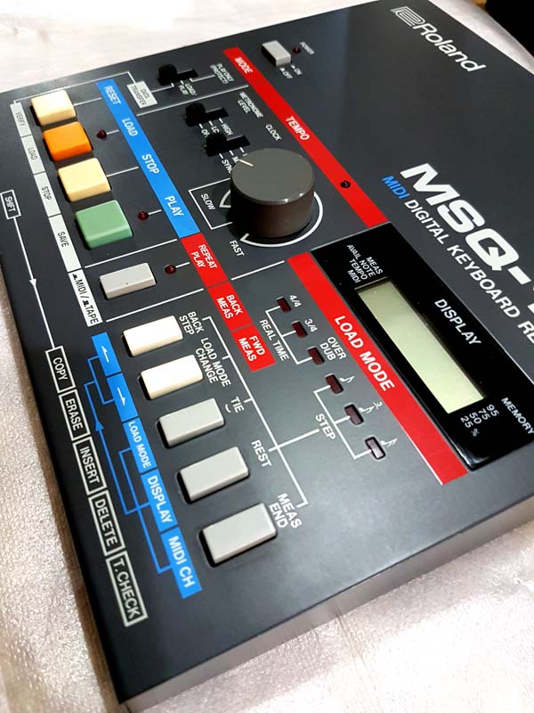 ROLAND MSQ-100 MIDI DIGITAL RECORDER
