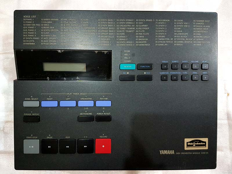 YAMAHA DOM30 DISK ORCHESTRA SYNTHESIZER - FUORITUTTO
