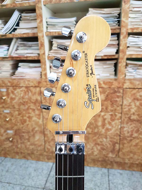 FENDER Squier Stratocaster Contemporary made in Korea - VINTAGE