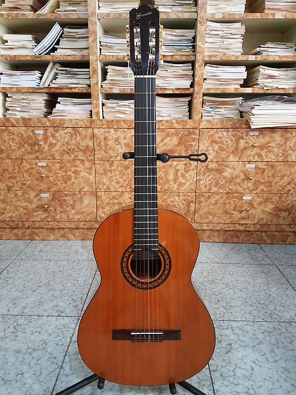 GRANADA by Gibson G200 - BLACKFRIDAY