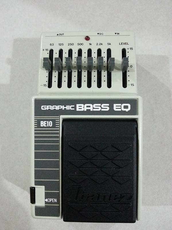 IBANEZ EB12 - Graphic Bass EQ